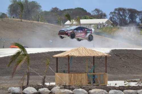 Nelsinho Piquet em ação no último final de semana (Foto: Divulgação)