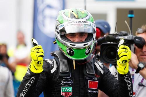 Nelson Piquet Jr se tornou o primeiro campeão da história da Formula E